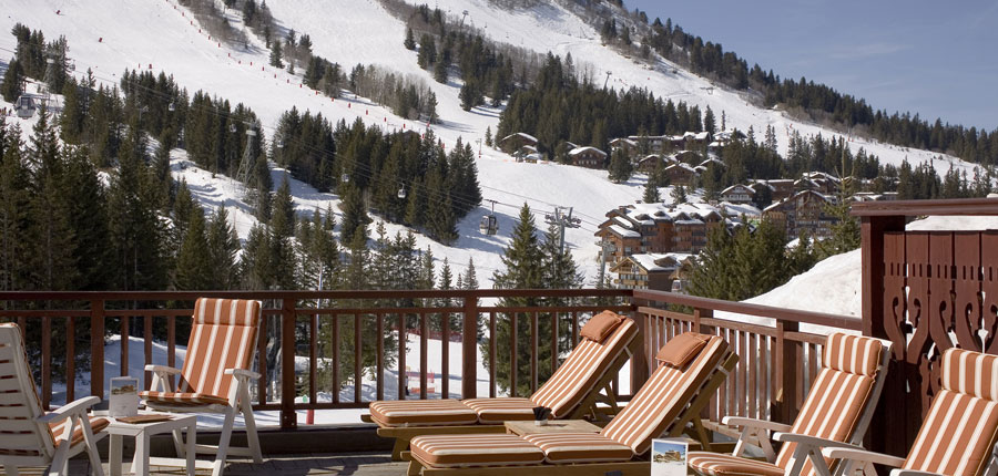 france_three-valleys-ski-area_courchevel_hotel_Carlina_deck.jpg
